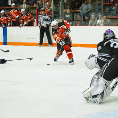BG_vs_Mankato103114-9414